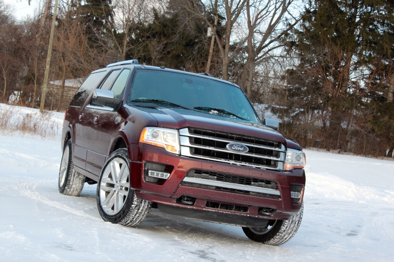 2015 ford expedition el king ranch it s kind of huge. Black Bedroom Furniture Sets. Home Design Ideas