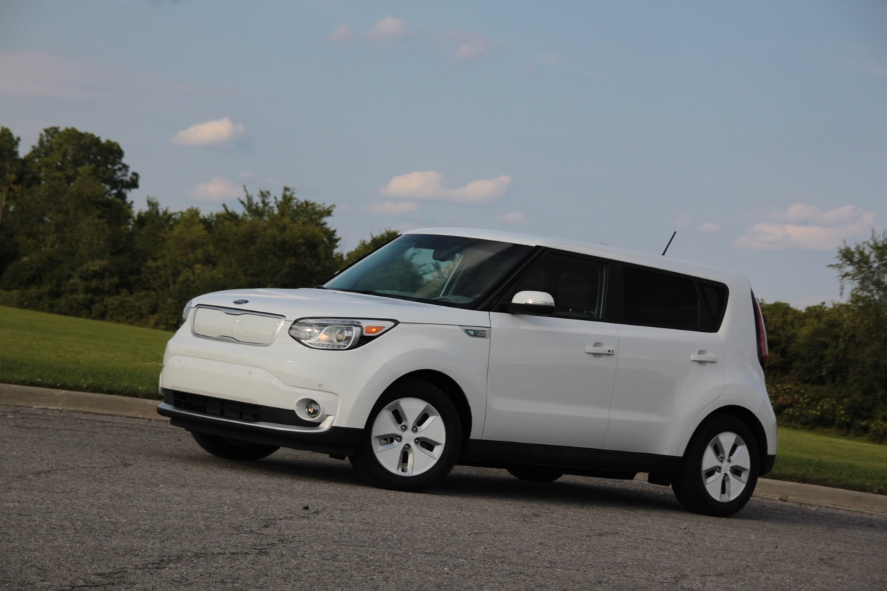 2015 kia soul ev the most electric range you can get for less than a tesla sam 39 s thoughts. Black Bedroom Furniture Sets. Home Design Ideas