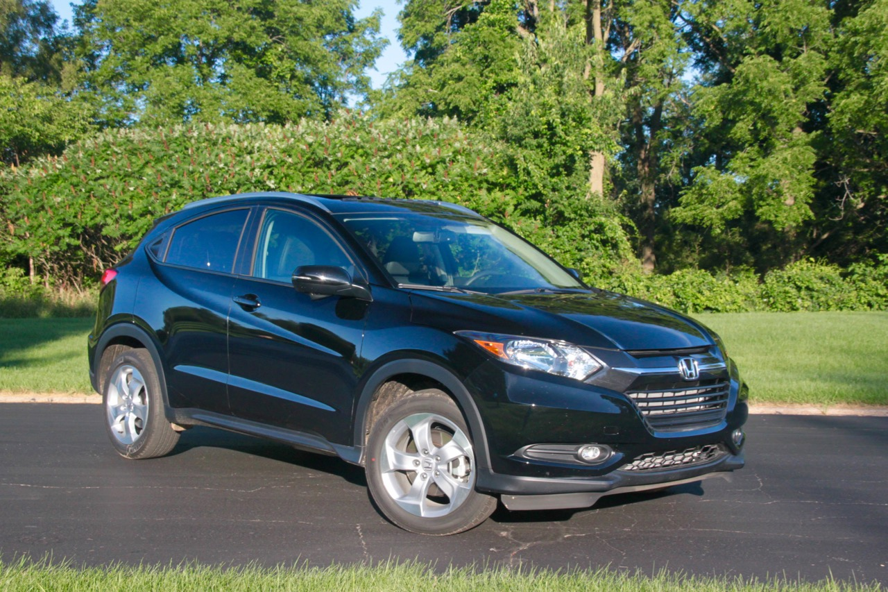 2016 honda hr v ex l awd the fit grows up sam 39 s thoughts. Black Bedroom Furniture Sets. Home Design Ideas